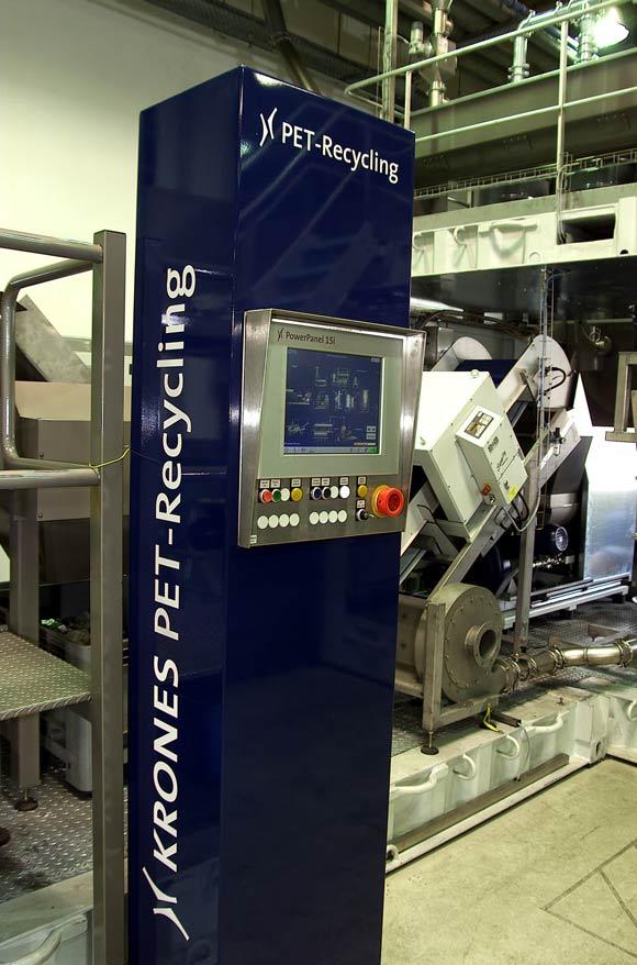 Facilità d'azionamento dell'impianto tramite la colonna di comando.