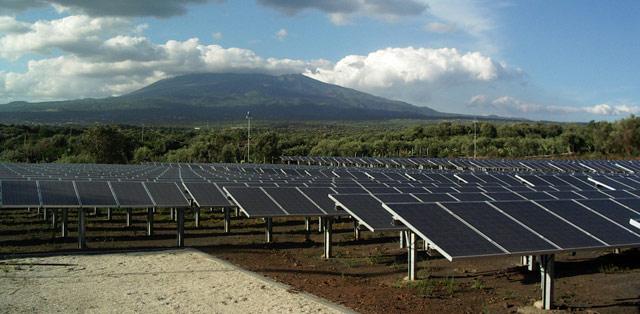 Solard Field Campo Solare Pannelli Solari Etna