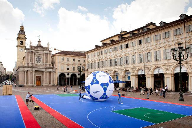 PiazzaSanCarlo02